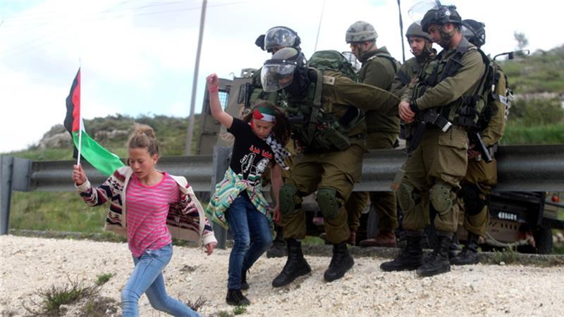 bambine-e-soldati